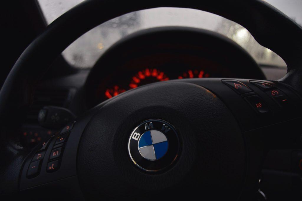 photo of BMW steering wheel